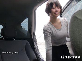 最新pacopacomama 011615_331 車中自慰連續高潮的美尻人妻 真美