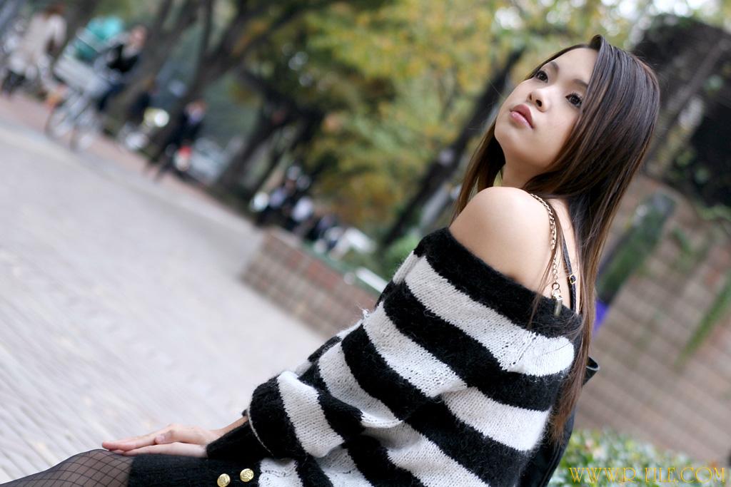44956099 sweater rina mizusawa 0
