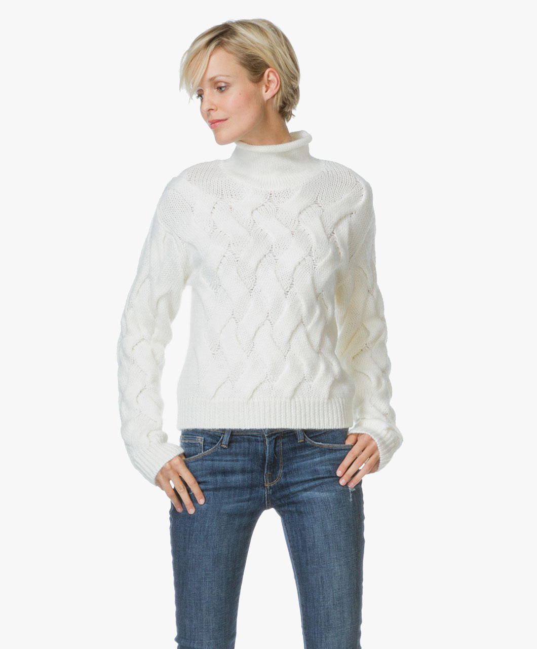 160906 Filippa K Cable Knit Off White 03