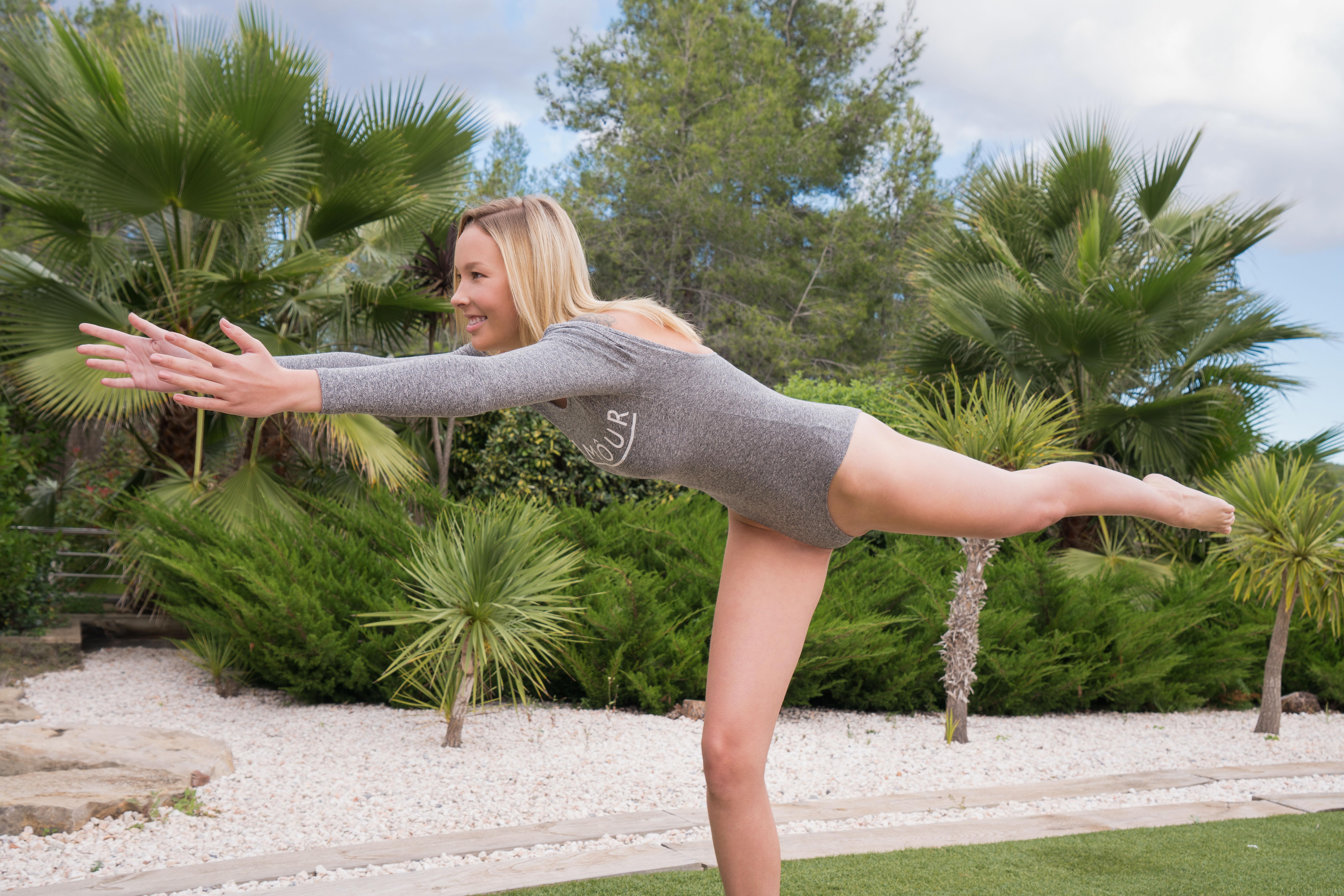 Met Art Yoga Love Agatha high 0011