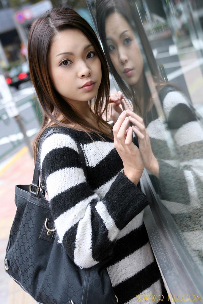 44956104 sweater rina mizusawa 2