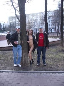 Nude-in-Public-Crowd-Pleaser%21-q6xg68imz1.jpg