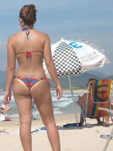 Beach-Voyeur-Sexy-Girls-Bikini-%2864-Pics%29-s7aixkcael.jpg