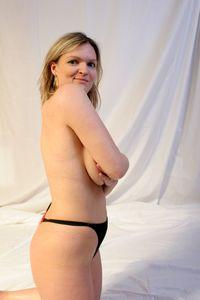 Bi-sexual-Swinging-MILF-Slut-Over-Time-%5Bx425%5D-07dcjufz1a.jpg